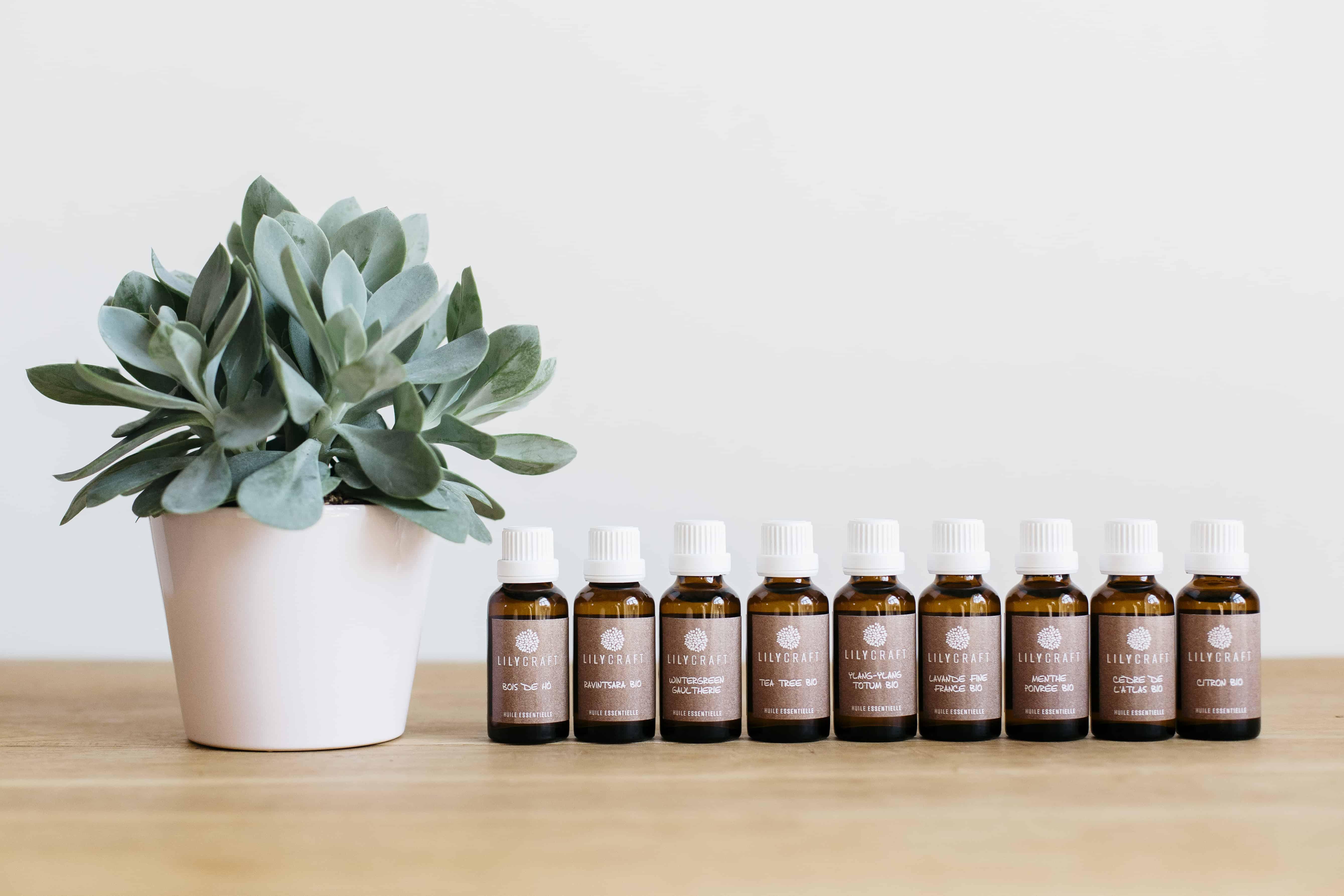 fioles en verre pour les huiles essentielles