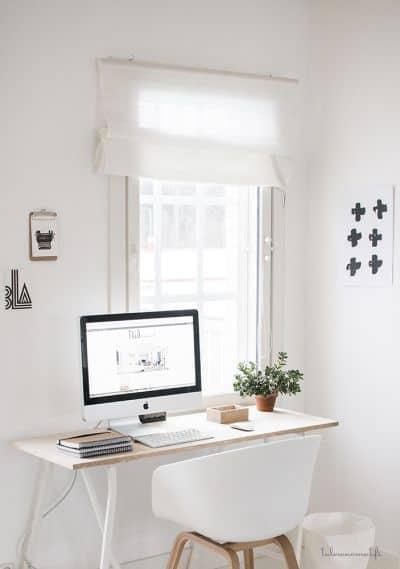 bureau rangé minimaliste